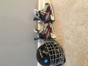 Toddler boys size 9 Bauer Vapour Hockey Skates and helmet