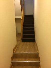 Double rooms to let 2 minute walk from town and uni. Suitable for students or professionals