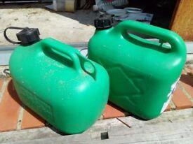 Fuel containers 5 litre plastic x 2