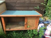 For sale single rabbit hutch bargain £35