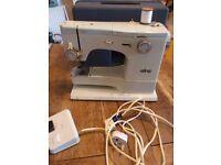 elna su sewing machine with peddle