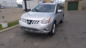 2012 Nissan Rogue SL AWD fully loaded navigation
