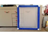 Pressure Fit Folding Fabric Safety Gate