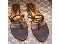 Ladies size 7 heeled shoes