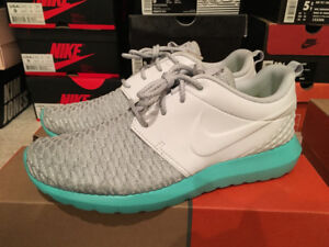 Nike Roshe NM Flyknit PRM shoes in size 8.5 US