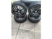 For sale 4 alloy wheels nice and all in good condition