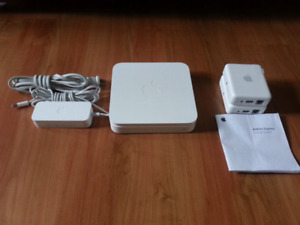 FS:Apple wireless router/airport express