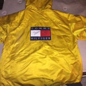 EXCLUSIVE tommy hilfiger coat SIGNED