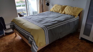 Simmons pillow top matress with bed base and bed frame!