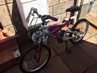 £10 Girls Bike Ages 5-8