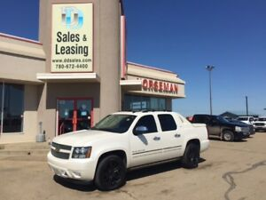 2012 Chevrolet Avalanche LTZ Nav/Sunroof/Black Wheels $26897