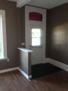 3 Bedroom Downtown Brantford (All-inclusive)