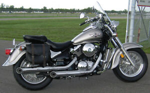 2003 Kawasaki Vulcan 800 Classic with Riding Gear