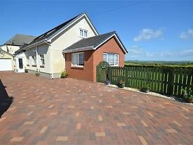 Spacious modern 5 bedroom Bungalow with large enclosed garden, Rural views. Beautiful Family home.