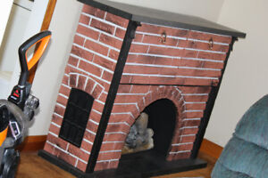 Brentwood Fireplace with build in stereo