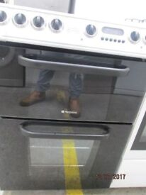 *+*HOTPOINT DOUBLE OVEN BLACK ELECTRIC HALOGEN CERAMIC TOP COOKER+/GOOD CONDITION/VERY CLEANWARRANTY