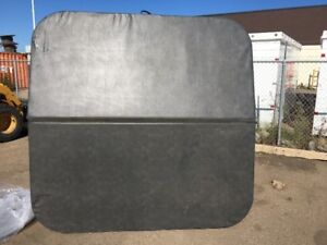1 MAAX Spa Cover for Hot Tub