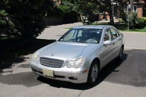 2004 Mercedes-Benz C-Class c 240 Sedan