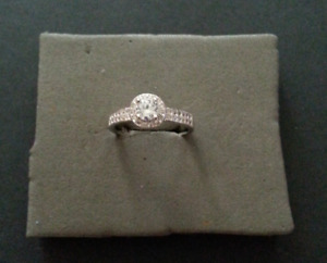 Engagement Ring - New