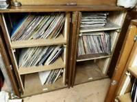 000's of vinyl & CD's for sals