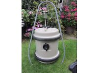 40L FRESH WATER AQUAROLL COMPLETE WITH HANDLE.