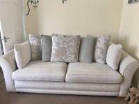 MUST GO !!! Stunning Sofa 3.5 seater