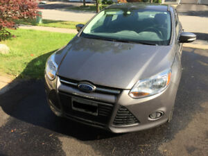 2013 Ford Focus SE Sedan Low Milage-30K