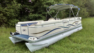 2004 Sweetwater 2423SC Pontoon $4,900 (no motor)