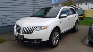 2012 Lincoln MKX -- $18,000