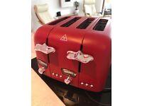 Delonghi Argentina 4 slice toaster like new