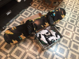 COMBO Snowboard K2 Vandal 142cm with boots size 8