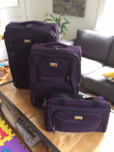 3-Piece Rolling Luggage - Purple - Via Rail