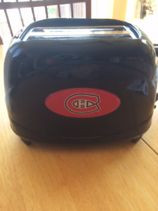 Montreal Canadians Toaster - brand new in box