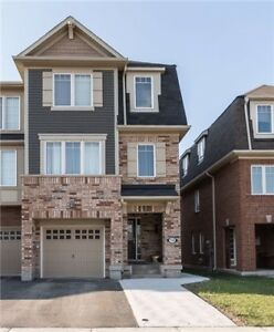 Fabulous 4 Bedroom TownHouse For Rent Brampton