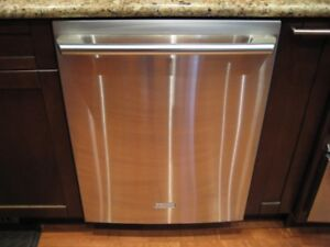 HIGH END ELECTROLUX STAINLESS STEEL DISHWASHER