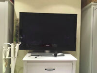 42 Inch Pioneer TV