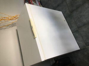 Kenmore Chest Freezer - Working condition