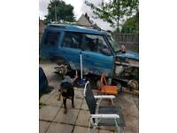 landrover discovery 300 tdi auto off roader breaking