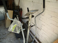 Roger Black Cross Trainer / exercise bike - AG10501 - with multi function computer