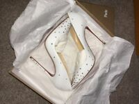 New White Leather Crystal So Kate Heels Pumps 122mm, Half price RPP 1,600. Now Price 800.00
