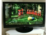 "47 "" LG LCD tv full HD USB port with built-in freeview."