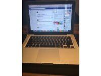 2012 i5 MacBook Pro - 8gb ram - Samsung 830 256SSD