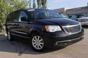 2013 Chrysler Town & Country Touring| Tri-Zone Clmt Ctrl| Dual P