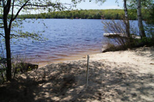2 and 3 BEDROOM LAKEFRONT CABINS from $650/week. BOOK TODAY!
