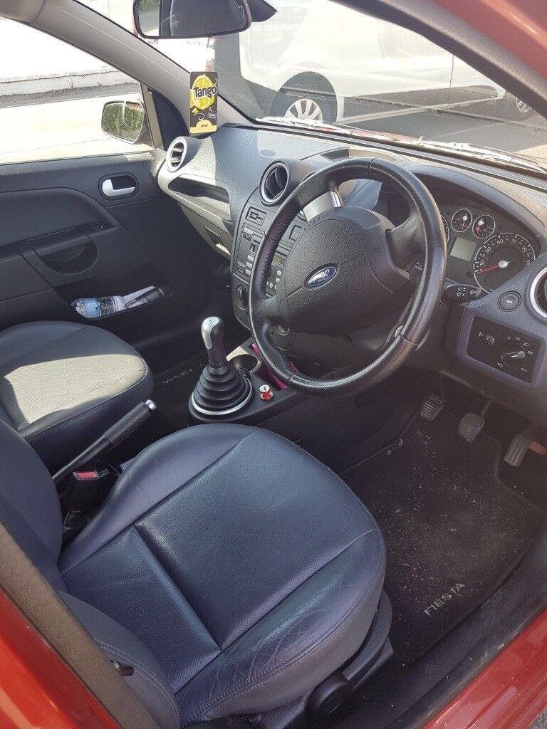 Ford Fiesta 1.4 56 plate ghia 5 door £2999