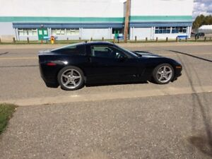 2005 Chevrolet Corvette Coupe (2 door)