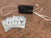 Polaroid Camera + 60 pictures