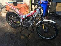 Beta evo trials bike