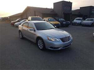 2012 Chrysler 200 Touring *FACTORY REMOTE START**HEATED SEATS*