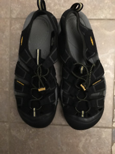 Like New Keen Water Sandals For Sale